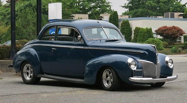 1940 Mercury Eight sedan-coupe