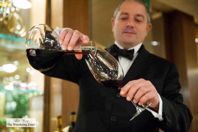 Pouring the decanted 2001