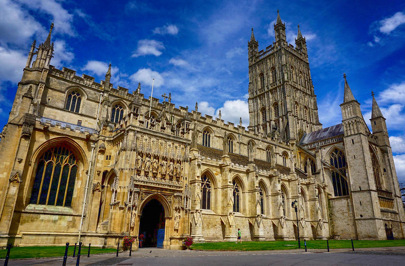 Gloucester Cathedral exterior. Credit barnyz, flickr