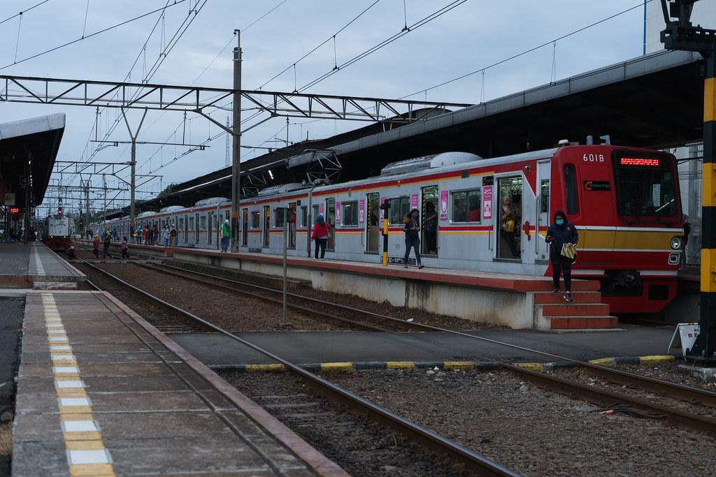 Tokyo Metro 6000 (6018); Blue Line; Stasiun jatinegara