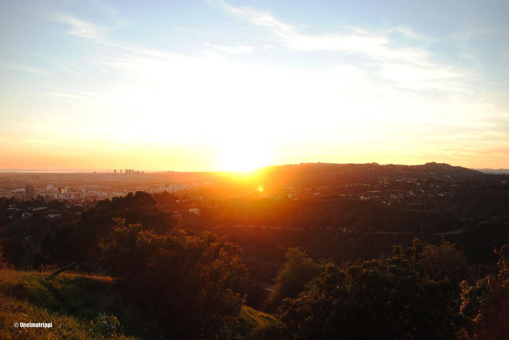 Auringonlasku Griffith Observatoryllä, Los Angeles, Kalifornia, USA
