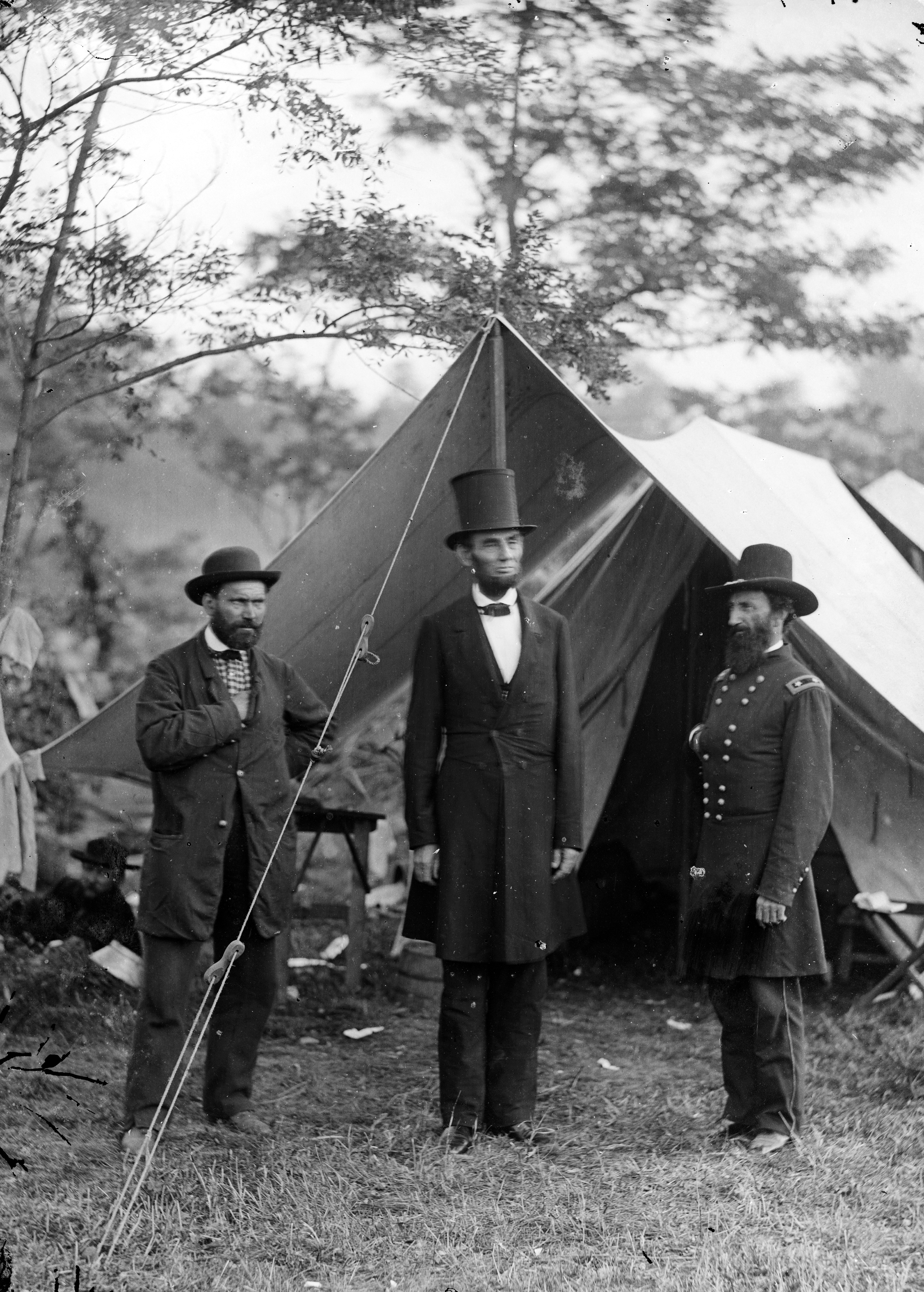 President Abraham Lincoln with Allan Pinkerton and Major General John Alexander McClernand at the Battle of Antietam.