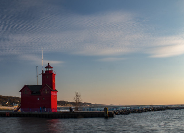 hollandharborlight2