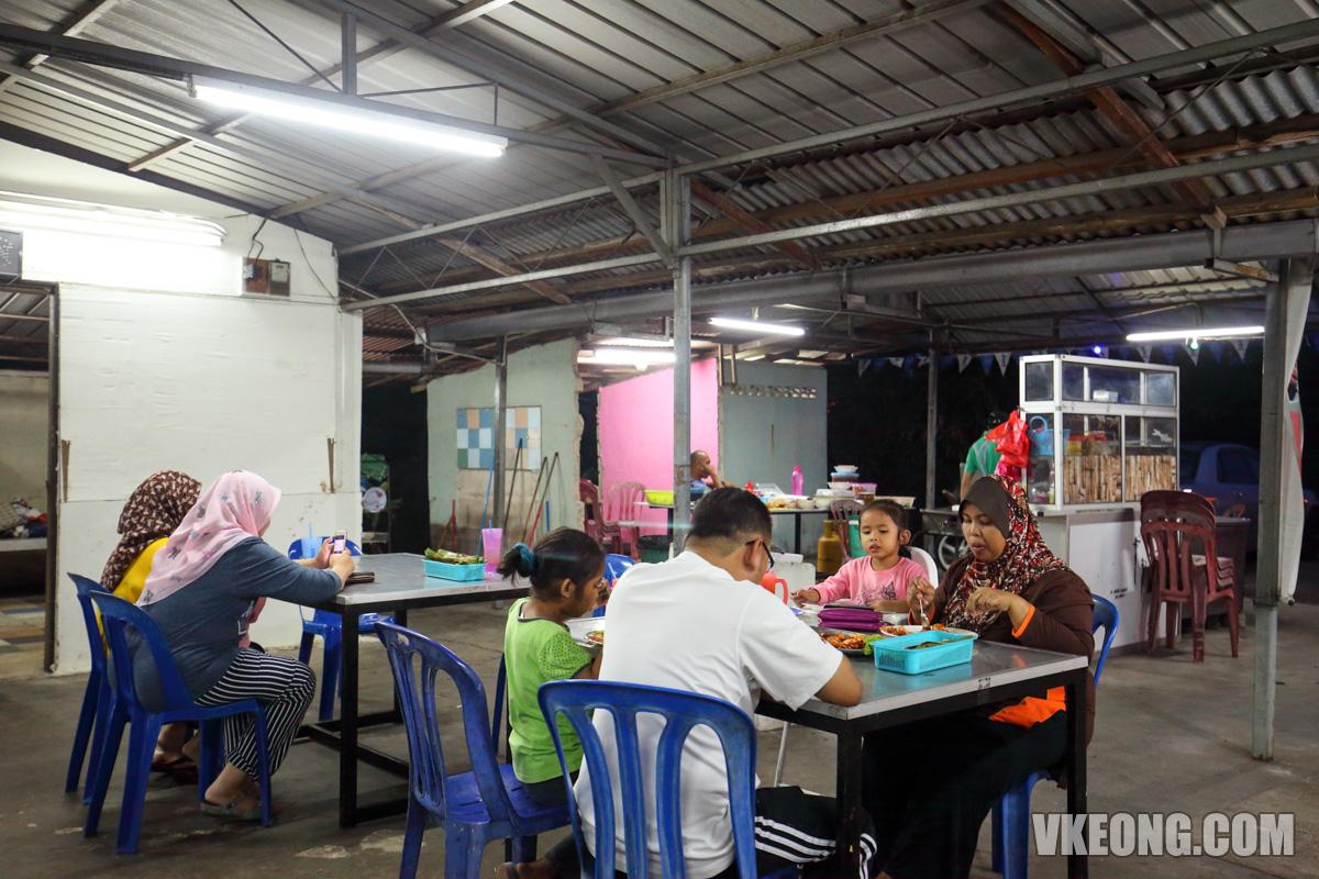 Seafood-Lambak-Selera-Kita-Ujong-Pasir-Melaka