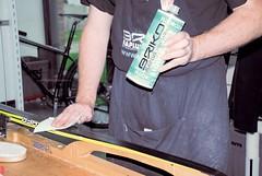 Odstraňování nečistot ze skluznice pomocí smývače