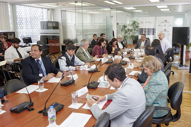 27 de noviembrede 2017 - Comisión de Educación realiza la Tercera Jornada de la Mesa de Trabajo con representantes y delegados de las instituciones de educación superior públicas autofinanciadas y cofinanciadas
