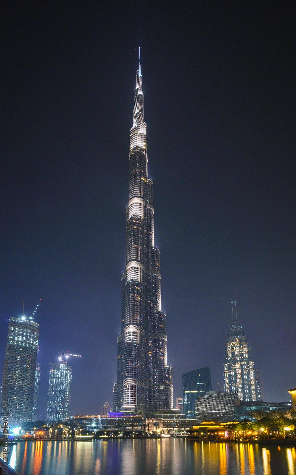 Dubai-Armani-(39)