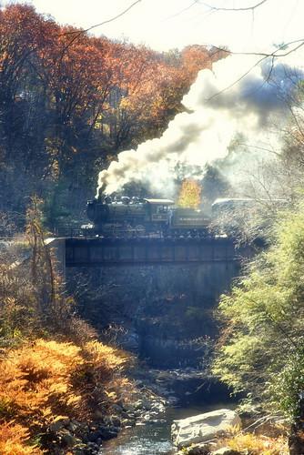 nikon steam steamlocovotive steamtown nps baldwin 26 autumn bridge framing