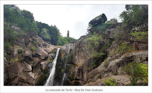 La cascada de Tanti - Diaz De Vivar Gustavo