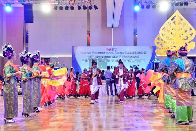 181117 - 2017 WDC Professional Latin World Championship (18 November 2017)
