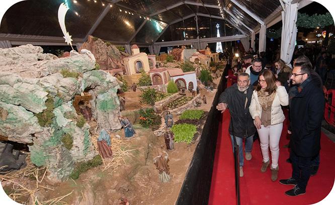 La inauguración del Belén Municipal preside el comienzo de la Navidad en Cartagena