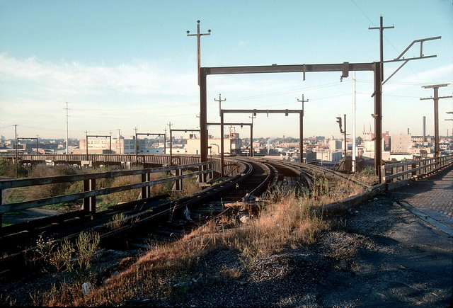 Illinois Terminal tracks off McKinley Bridge Nov 93 6