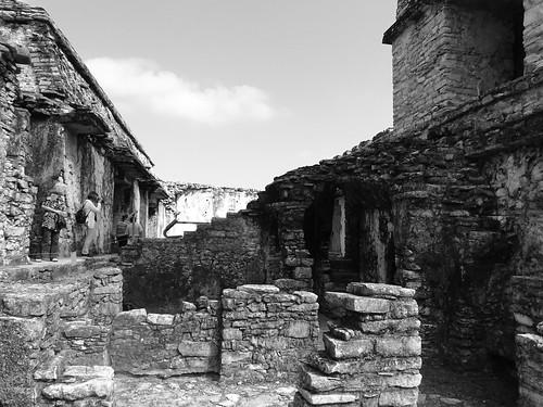 La persistencia de la memoria en Ruinas