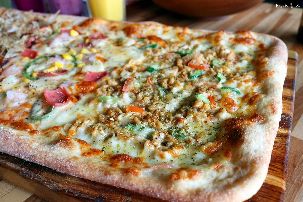 38682036722 f859ff3186 b - 熱血採訪|披薩工廠公益店最新力作!超狂臭豆腐披薩明日登場