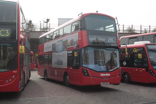 Metroline VWH2138 LK65EBZ