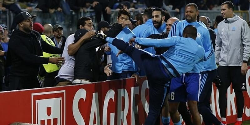 Olympique Marseille Mengakhiri Kontrak Dengan Patrice Evra