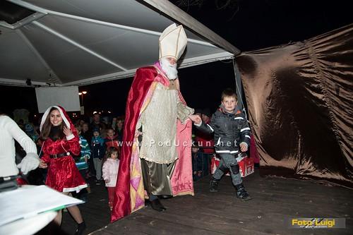 Sveti Nikola stigao i u najmanju liburnijsku općinu – Mikula darivao male Dražane @ Mošćenička Draga