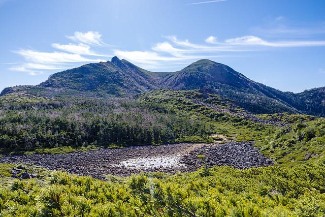 スリバチ池と天狗岳