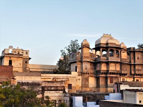 i-udaipur-arrivée-hôtel-terrasse  (15)