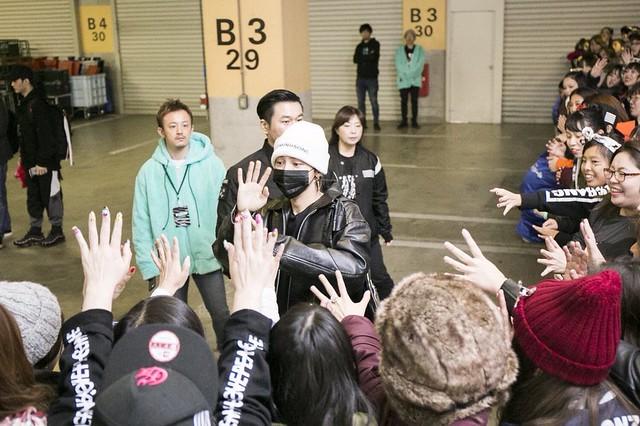 BIGBANG via xB_Bang - 2017-11-22  (details see below)