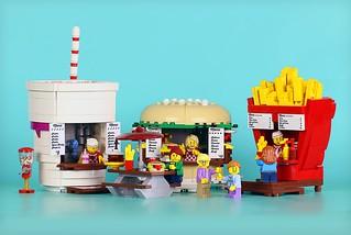超想去!!速食樣式的可愛速食店~ FrostBricks 樂高MOC 作品【速食小攤販】Food Stand Diners