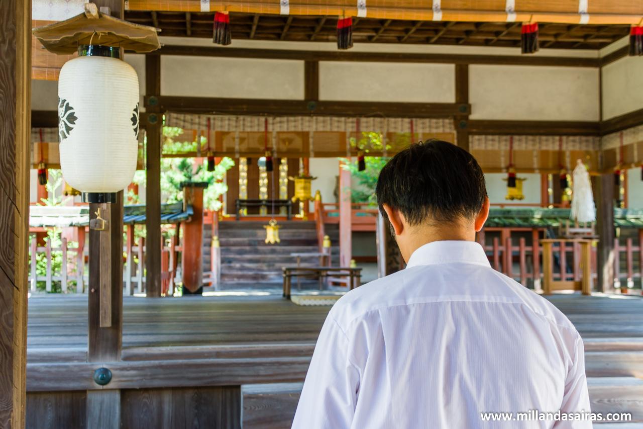 Rezando en Nara