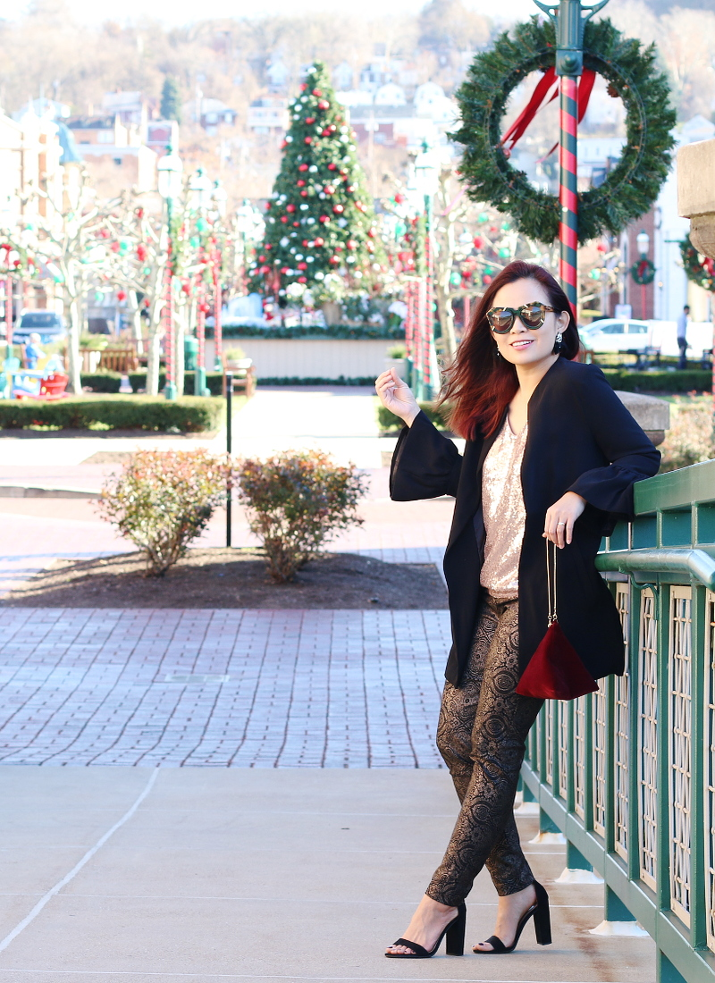 holiday-outfit-black-blazer-metallic-pants-sequins-top-7