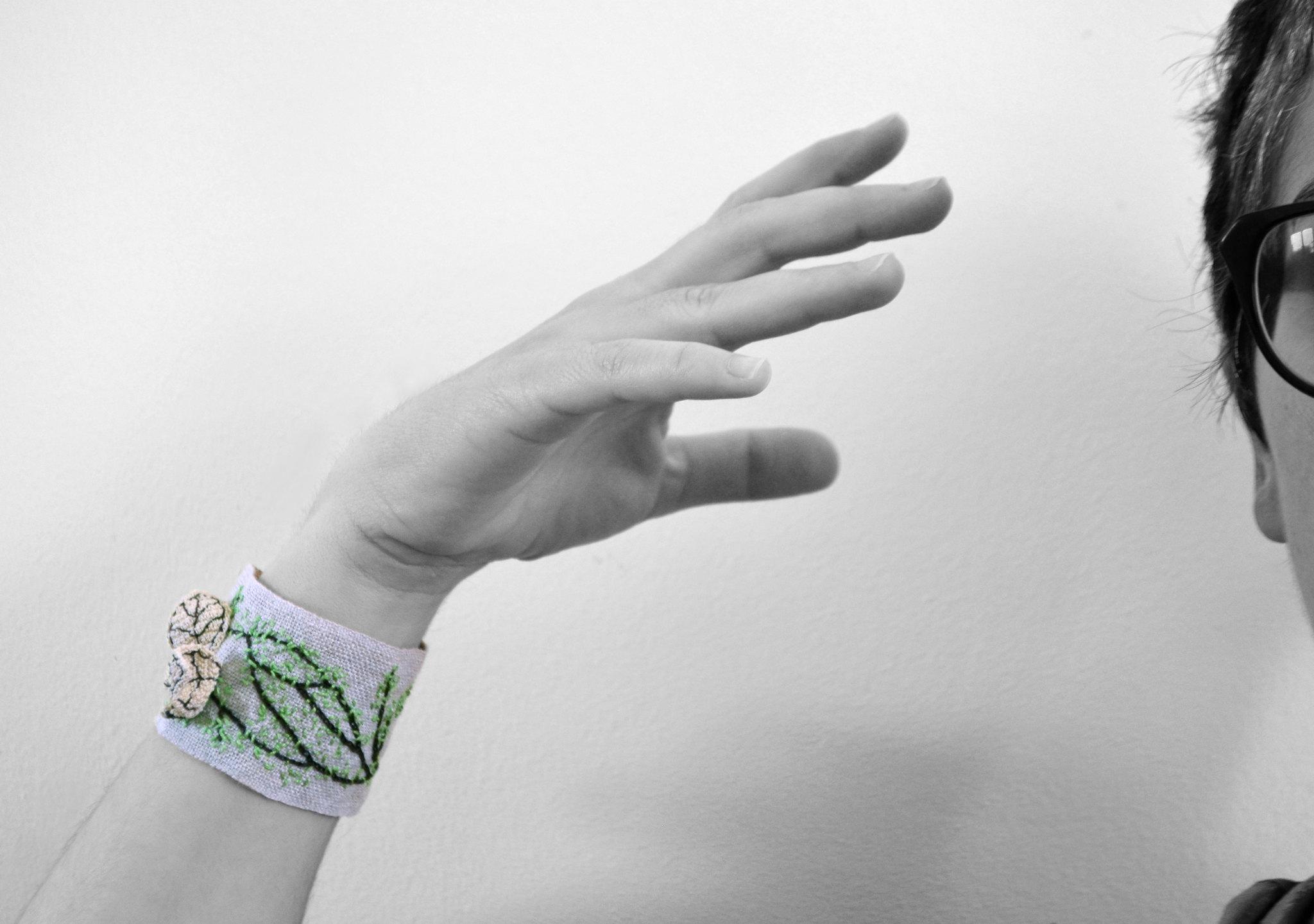 Crochet cuff - Butterfly