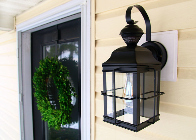 Outdoor Farmhouse Lighting