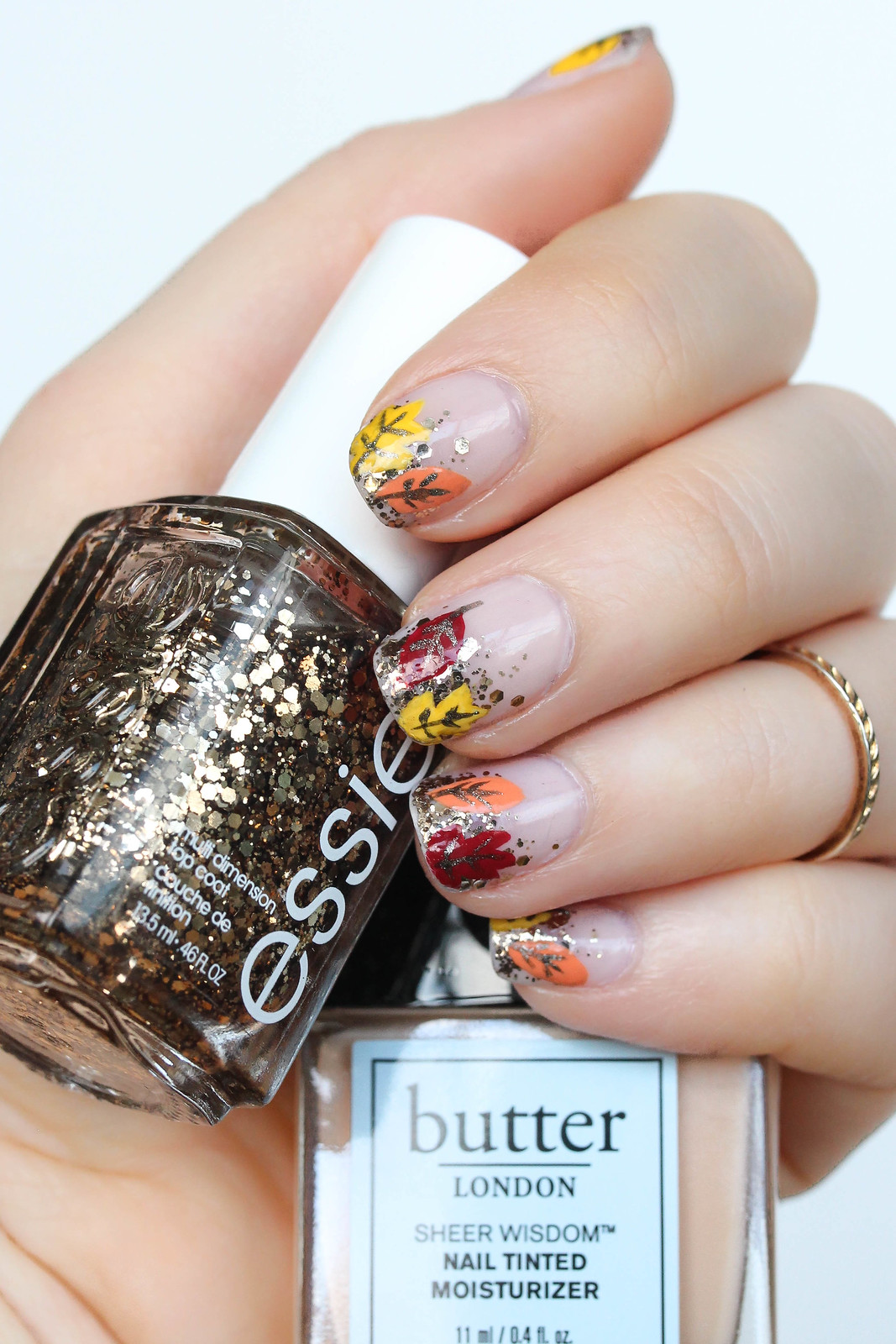 """Prepare to """"Fall"""" in Love with this Fall Foliage Manicure"""