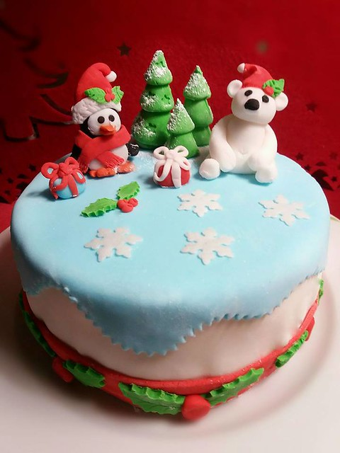 Christmas Time Cake by Pastry ChEffie