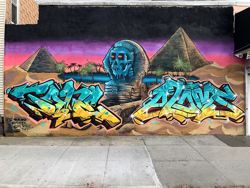 W_TONE_AND_ATOMS_SPHINX