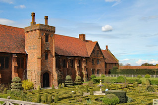 Surviving wing of the original Tudor-era Hatfield House/ Palace | by Can Pac Swire