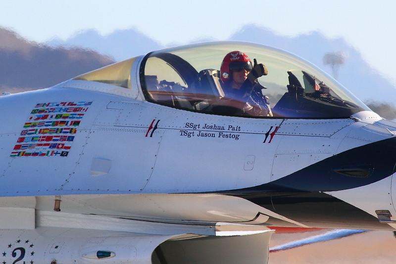 IMG_6734 USAF Thunderbirds, Nellis AFB