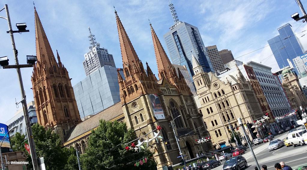 Tornitaloja Melbournen keskustassa, Australiassa