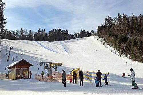 Jednodenní skipas do lyžařského areálu MARIÁNKY s 50 % slevou v sezóně 2017/18