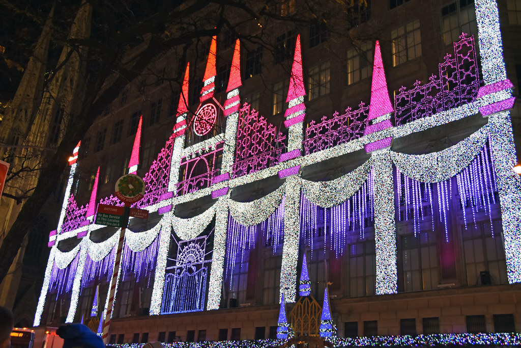 Picture Of Saks Fifth Avenue Store In New York City 2017 Christmas Display  Light Show Honors
