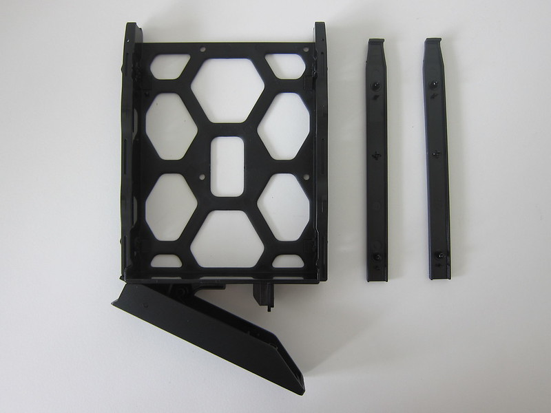 DS418play - Drive Tray Out