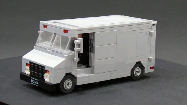 Robocop Van Features