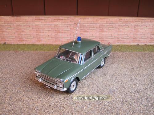 Italia-Polizia-Fiat 2300-Servizi di Questura -1964