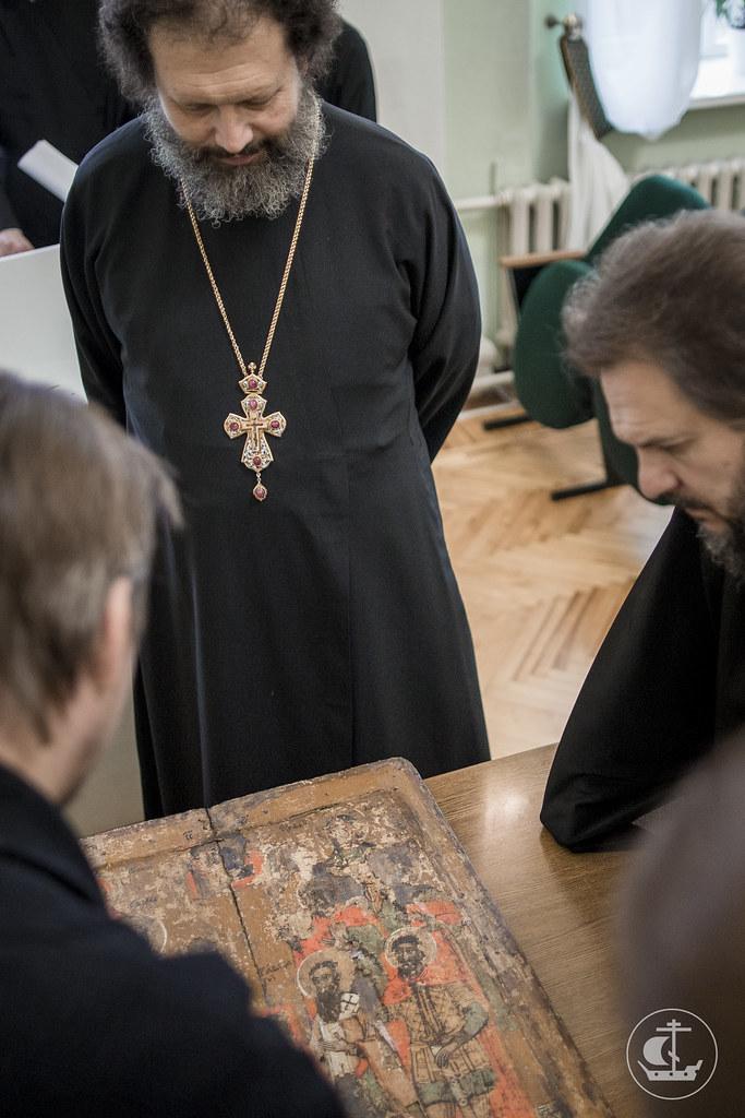 20 ноября 2017, ФСБ передала конфискованные иконы в Духовную Академию / 20 November 2017, The FSB gave confiscated icons to the Theological Academy