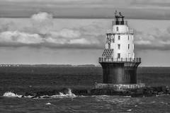 Harbor of Refuge Lighthouse 作者 twcrowe50