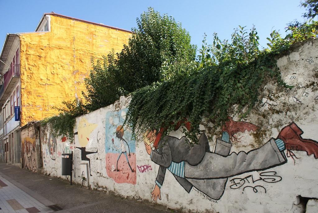 > Street art à Porto.