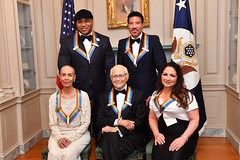 The 2017 Kennedy Center Honorees Pose for Photo at the Kennedy Center Honors Dinner