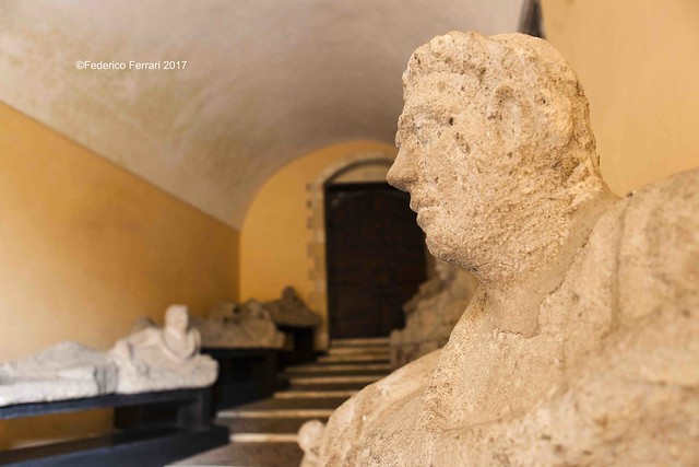 11 Palazzo Vitelleschi Sarcofagi