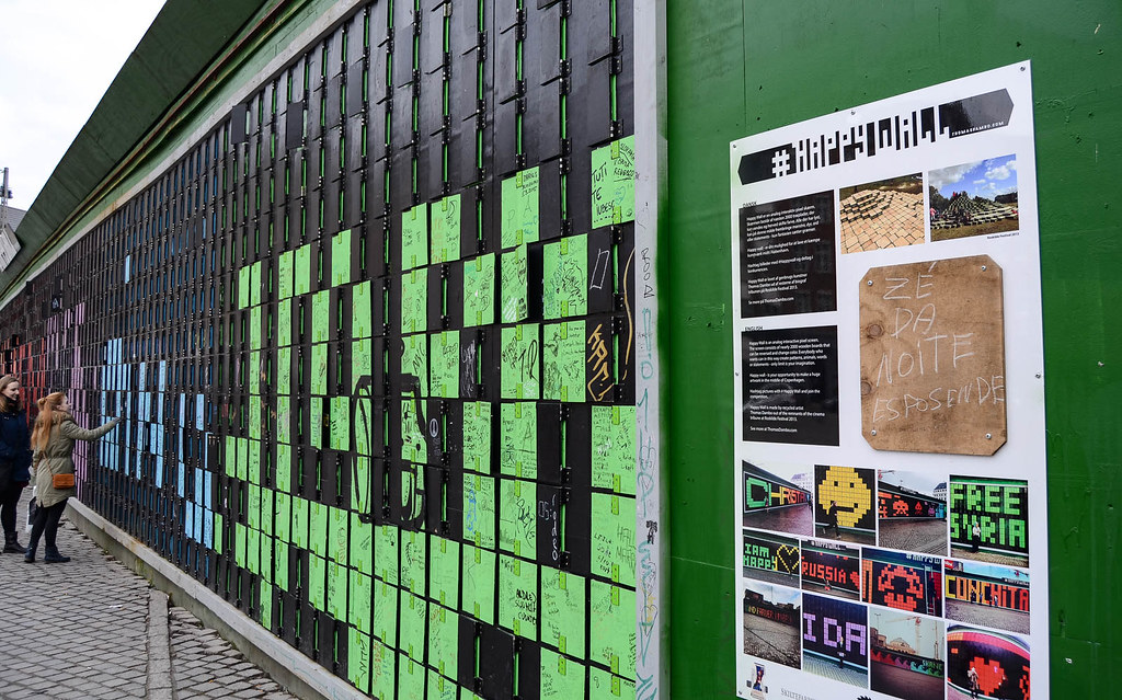 What to do in Copenhagen for free? Go to #Happywall and leave your message to the world.
