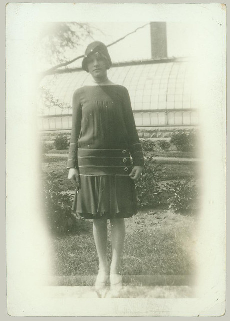 girl in dress and hat