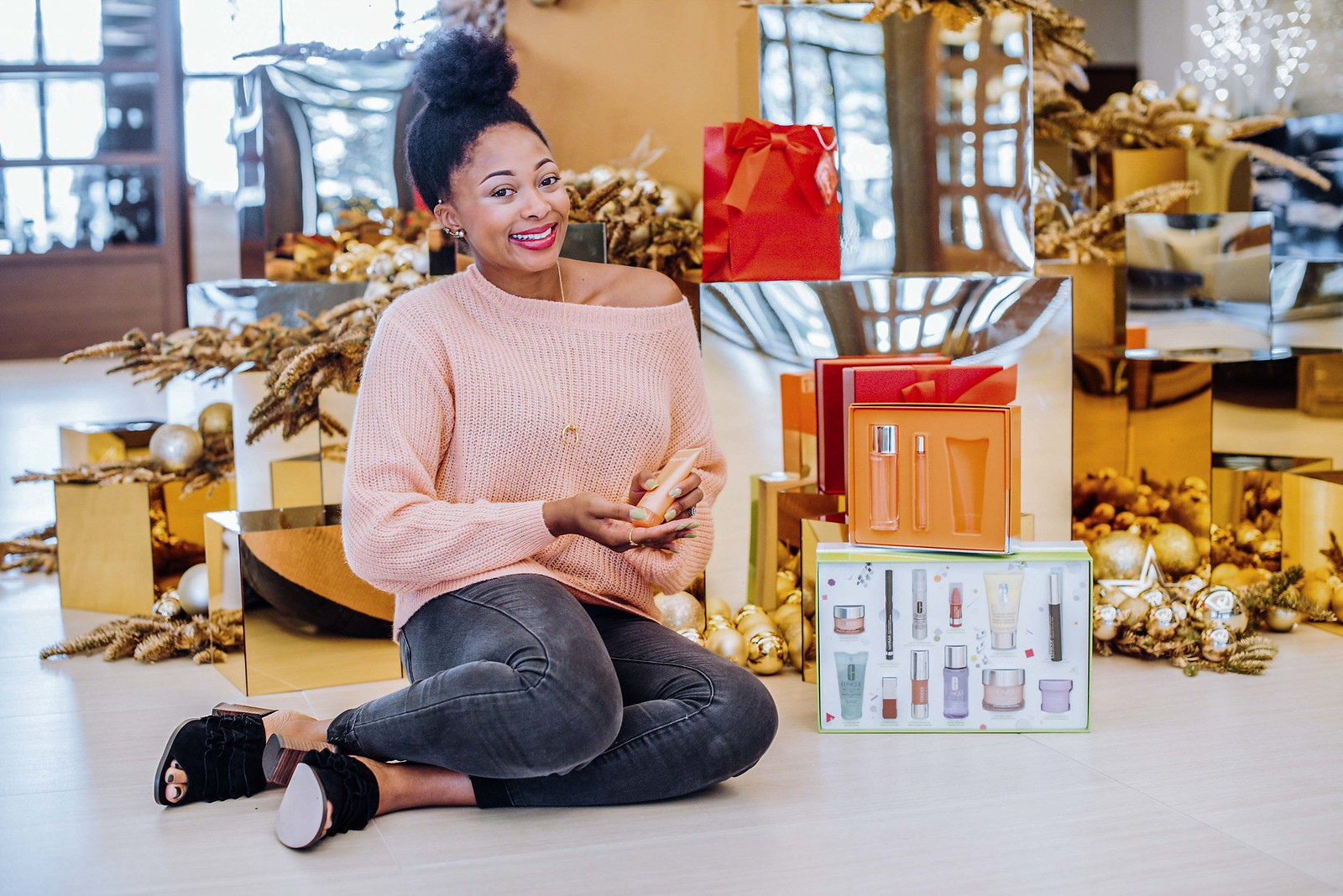 give the gift of Clinique for the holidays