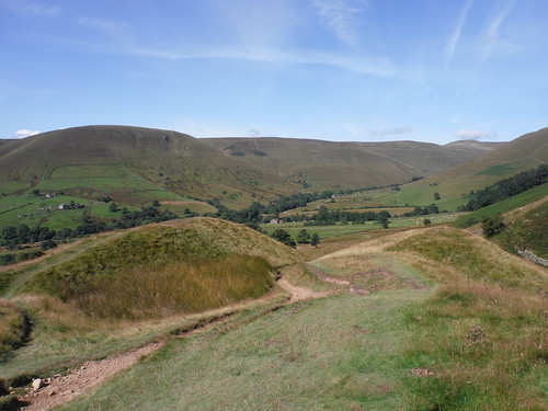 Dalehead and Lord's Seat to Swine's Back