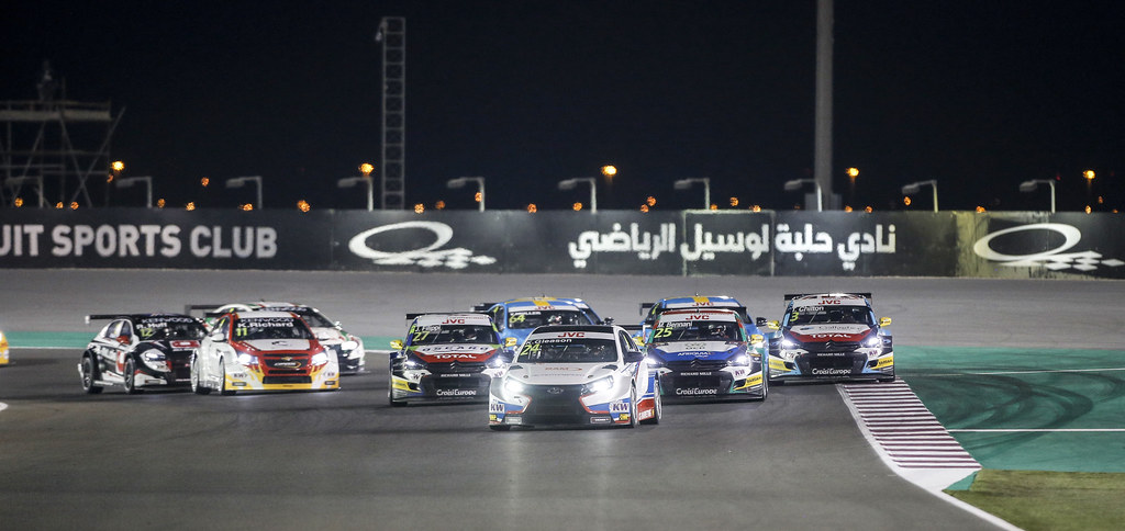 start race 1 during the 2017 FIA WTCC World Touring Car Championship race at Losail  from November 29 to december 01, Qatar - Photo Francois Flamand / DPPI